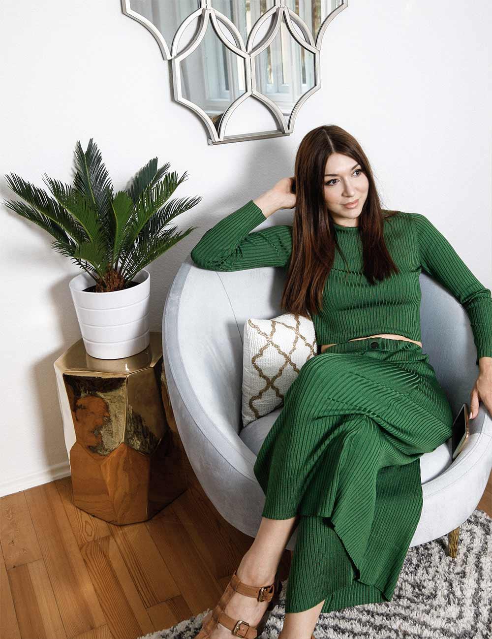 Blogger Zara Outfit grün Strick 70ies