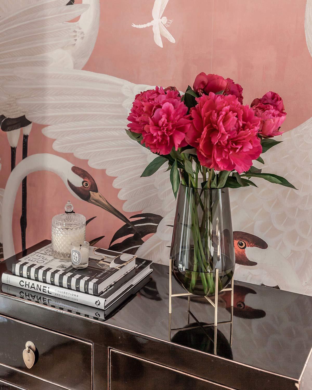 gucci decor bold wallpaper summer home decor